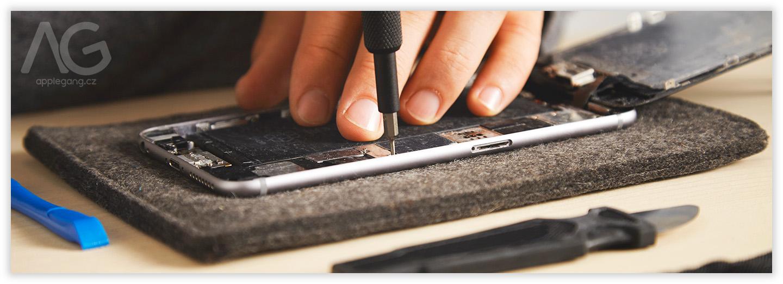 <a href='https://www.freepik.com/photos/technology'>Technology photo created by bublikhaus - www.freepik.com</a>